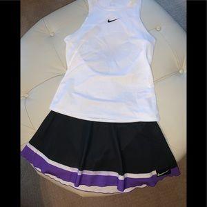 Women's Nike court slam skirt and top med EUC